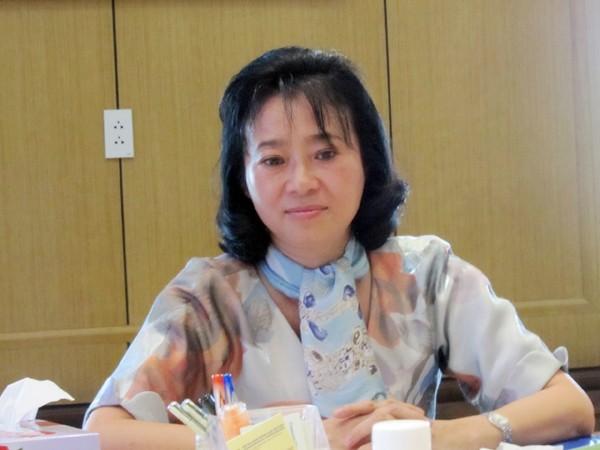 Bà Yến tại buổi đối thoại