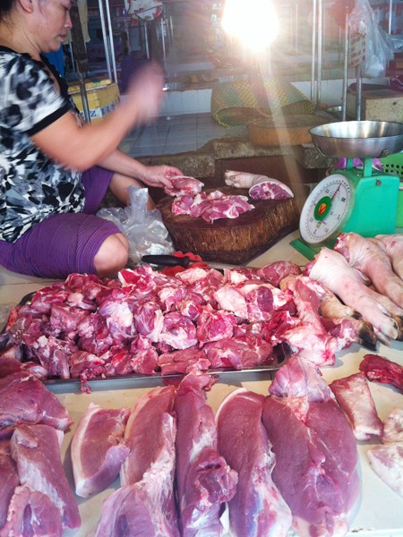 Sợ chất tạo nạc, nhiều người tiêu dùng quay lưng với thịt lợnẢnh: L.N