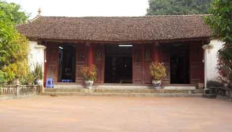 Đền thờ Đỗ Khắc Chung ở làng Quan Tử, xã Sơn Đông, huyện Lập Thạch, Vĩnh Phúc