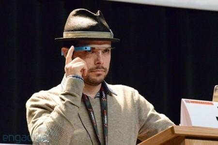 Timothy Jordan trình diễn các ứng dụng trên Google Glass