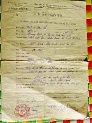 Giấy báo tử của anh Mai Xuân Hải vẫn còn được lưu giữ như một kỷ niệm của một thời bi tráng