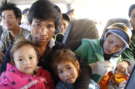 Quảng Nam: 11 ngư dân gặp nạn trở về an toàn - ảnh 10
