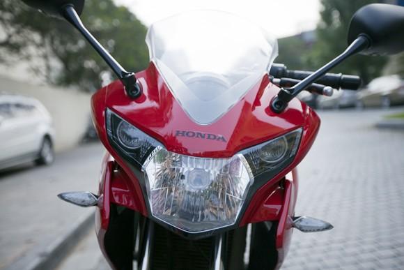 Honda CBR150R 2011: Xe đua 150cc mạnh mẽ - ảnh 5