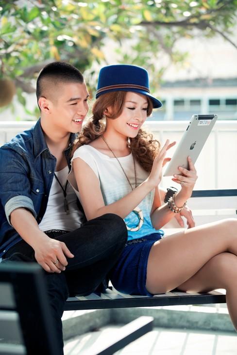Hotgirl Chi Pu tình tứ bên hotboy Cường Seven - ảnh 2