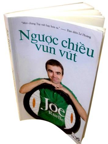 Joe Ruelle người điểm huyệt thói tật Việt Nam - ảnh 1