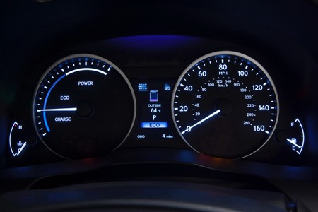 Lexus ES 300h: Sang và 'sạch' - ảnh 5