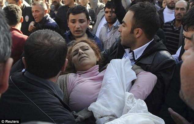Thổ Nhĩ Kỳ dốc sức tìm kiếm các nạn nhân - ảnh 8