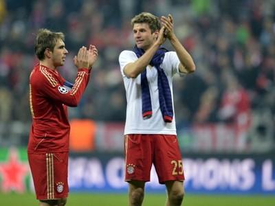 Bayern suýt ôm hận vì sự chủ quan và lãng phí cơ hội