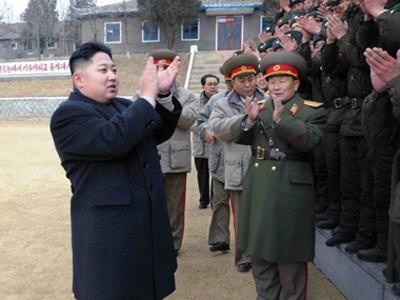 Ông Kim Jong Un thị sát một đơn vị quân đội