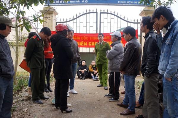 Người dân vây trụ sở Trung tâm nhân đạo Minh Tâm đòi nợ