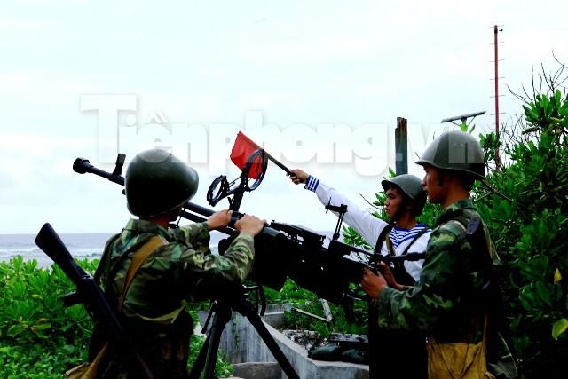 Rèn quân, sẵn sàng chiến đấu bảo vệ Trường Sa - ảnh 4
