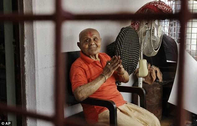 100 tuổi cơ bắp vẫn cuồn cuộn - ảnh 6