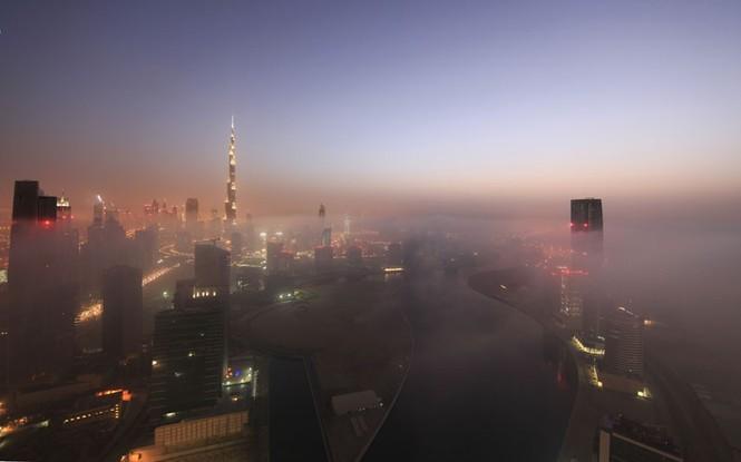 Thành phố Dubai chìm đắm trong sương mù - ảnh 12