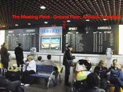 Trong nhà ga sân bay Sheremetyevo ở MatxcơvaẢnh: www.mostaxi.com