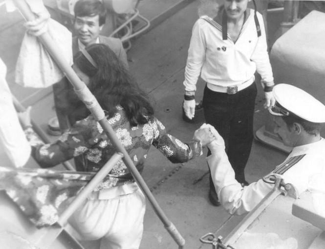 Ảnh hiếm: Hạm đội Thái Bình Dương ở Cam Ranh - ảnh 4