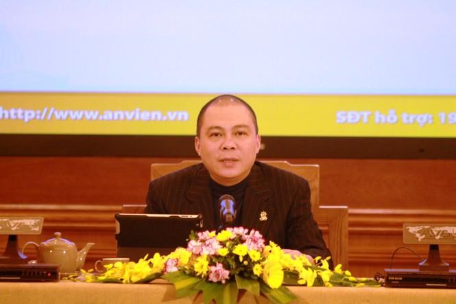 Ông Phạm Nhật Vũ tại buổi họp báo.