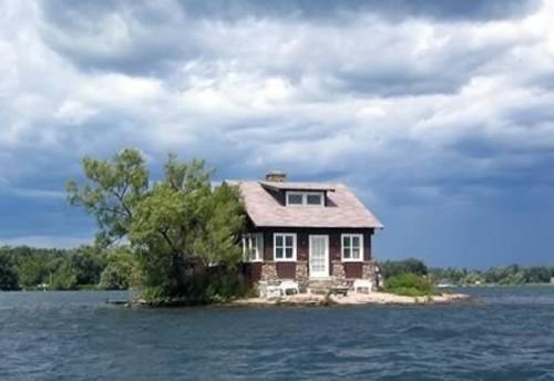 Những ngôi nhà 'cô đơn' trên thế giới - ảnh 3