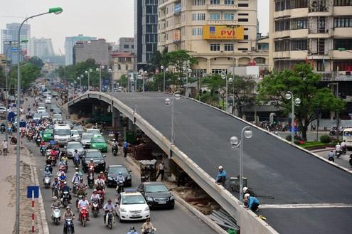 'Mục sở thị' cầu vượt lắp ghép đầu tiên ở thủ đô - ảnh 5
