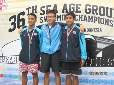 Duy Khôi (giữa) đạt 3 HCV - giải Đông Nam Á lần 36 tại Indonesia
