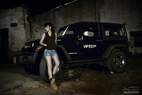 Sexy và bụi bặm sửa Jeep Rubicon - ảnh 2