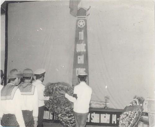 Lễ tưởng niệm các anh hùng, liệt sĩ đã hy sinh ngày 14.3.1988 tại Cam Ranh (Khánh Hòa)