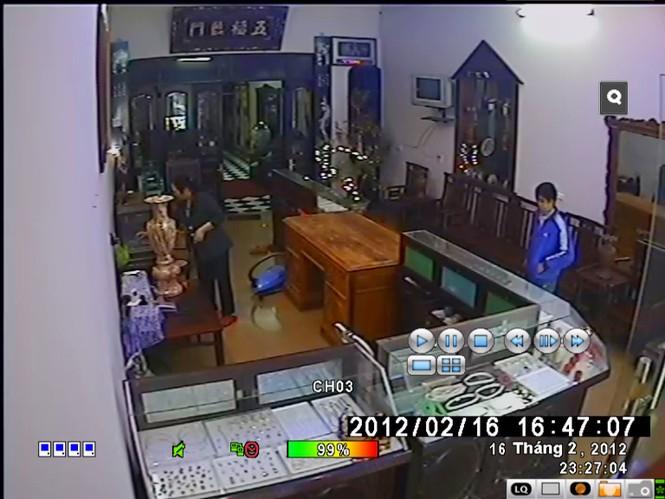 Công an công bố clip giết người, cướp vàng - ảnh 3