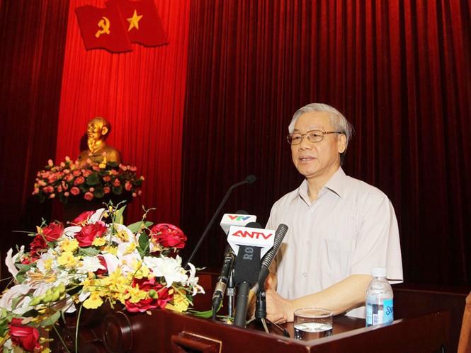 Tổng Bí thư Nguyễn Phú Trọng phát biểu tại hội nghị             Ảnh: TTXNV