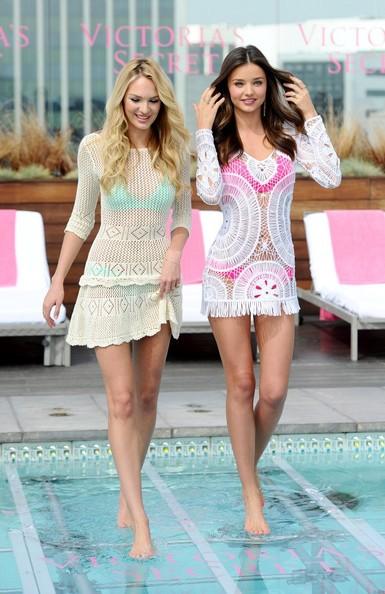 Thiên thần Victoria's Secret diện đầm ren khoe nội y - ảnh 8