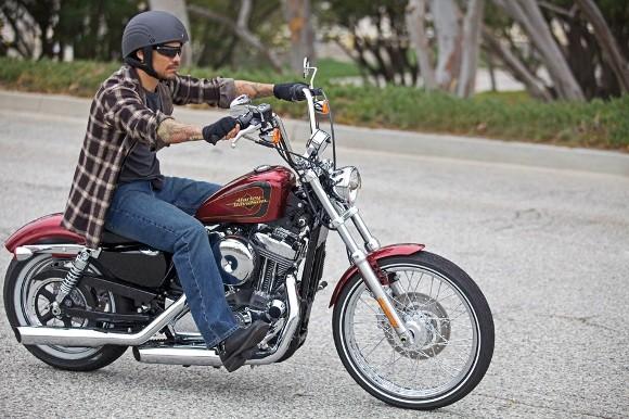 Cận cảnh Harley-Davidson XL883L Seventy-Two - ảnh 6