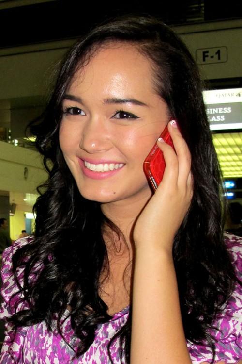 Victoria Phạm Thúy Vy tại sân bay tối qua