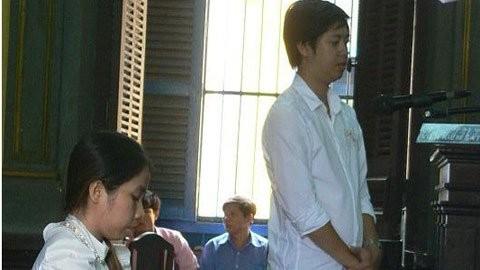 Bị hại đang trình bày lý do xin giảm ánh cho Nguyễn Thị Anh Thư tại tòa