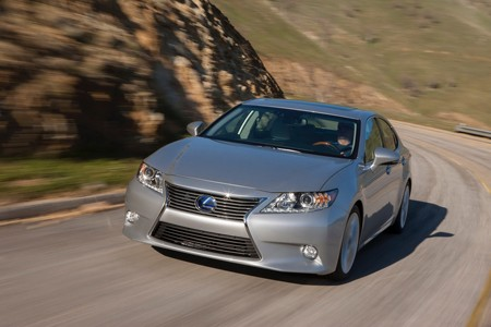 Lexus ES 300h: Sang và 'sạch' - ảnh 2