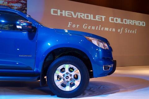 Cận cảnh Chevrolet Colorado LTZ - ảnh 3