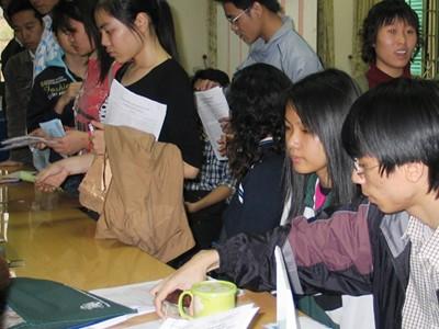 Thông tin về học phí đã  được công bố để  thí sinh tham khảo trước khi đăng ký dự thi