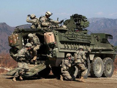 Lính Mỹ và Hàn Quốc trong một cuộc tập trận thường niên mới đây.             Ảnh: Yonhap