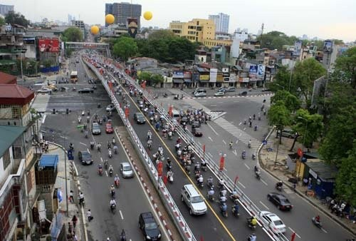 Quy hoạch giao thông, nhìn từ 2 cầu vượt nhẹ - ảnh 1