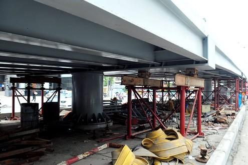 'Mục sở thị' cầu vượt lắp ghép đầu tiên ở thủ đô - ảnh 10