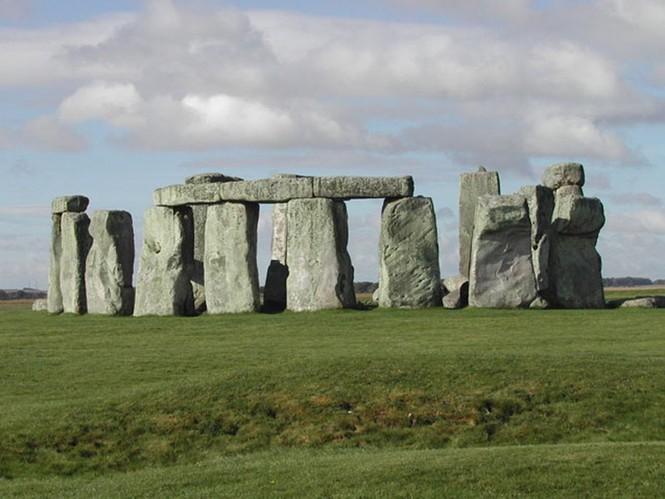 Vòng tròn đá Stonehenge bí ẩn