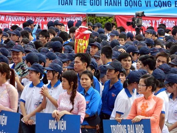 Sự hưởng ứng của đông đảo thanh niên, nhân dân thủ đô