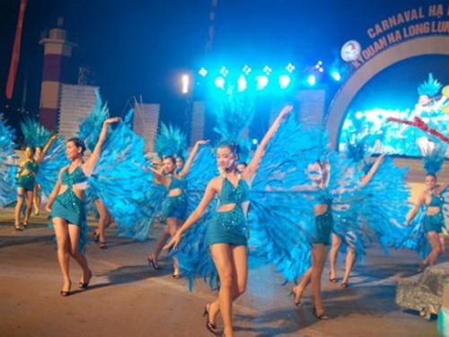 Carnaval là một thương hiệu của du lịch Hạ Long (Quảng Ninh)