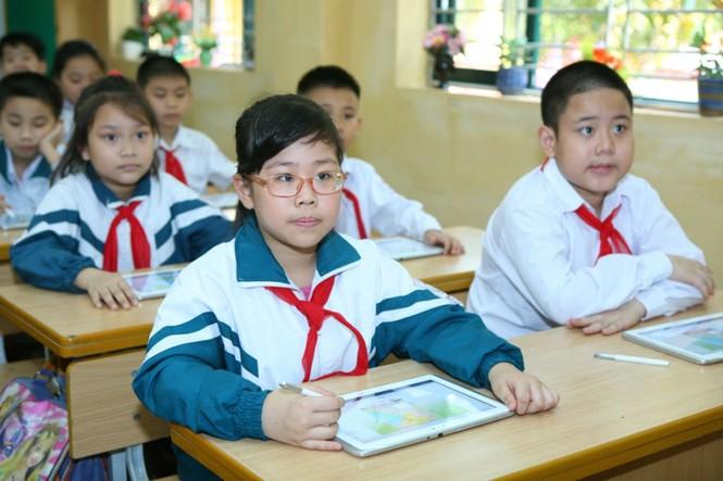 Học sinh trường Tiểu học Hoàng Hoa Thám