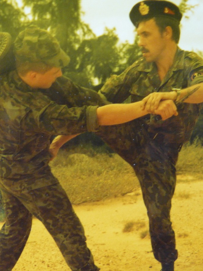 Luyện tập võ thuật (рукопашный бой), 90-94
