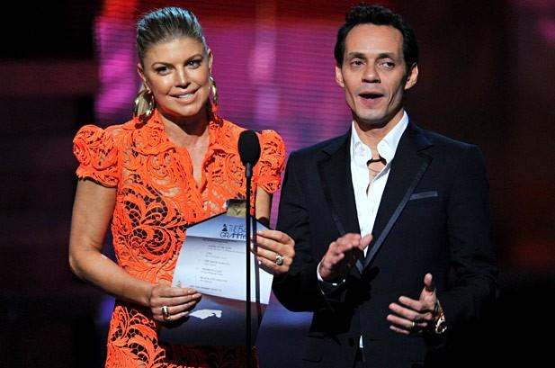 Fergie và Marc Anthony tại lễ trao giải Grammy lần thứ 54