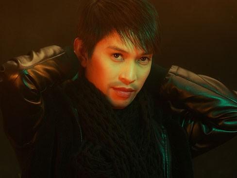 Tốt nghiệp xuất sắc Thạc sĩ chuyên ngành biểu diễn thanh nhạc, Tuấn Anh hiện là một trong những giọng tenor được đánh giá cao nhất hiện nay trong những ca sĩ cùng thế hệ.