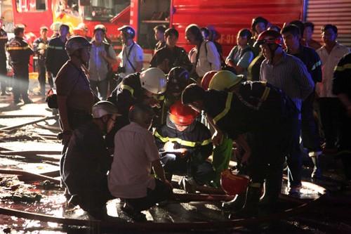 Lực lượng PCCC lập phương án tìm thi thể nạn nhân
