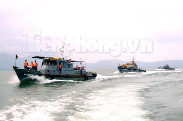 Tàu Hải đội 2 BP Khánh Hòa tuần tiễu bảo vệ an ninh trên biển