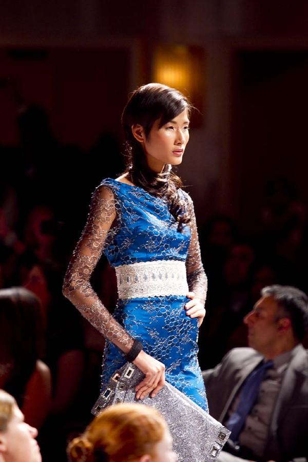 Hoàng Thùy lọt mắt xanh 'cha đẻ' Couture Fashion Week - ảnh 12