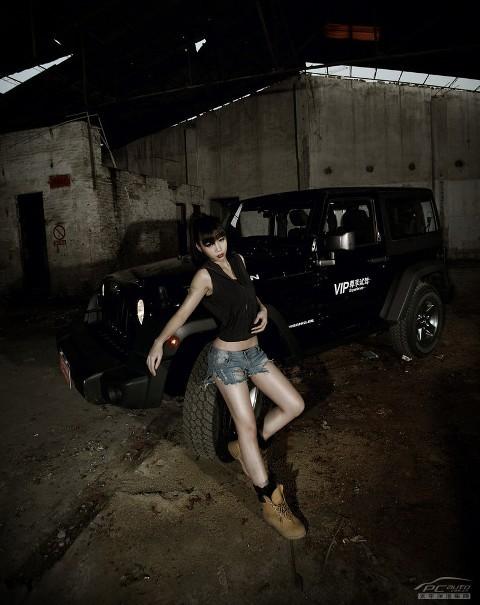 Sexy và bụi bặm sửa Jeep Rubicon - ảnh 1