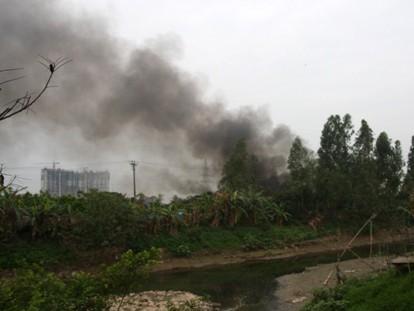 Cháy lớn tại xưởng sản xuất nhựa, thiệt hại hơn 2 tỷ đồng - ảnh 3