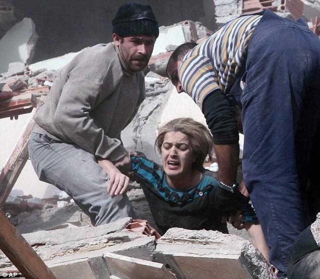Thổ Nhĩ Kỳ dốc sức tìm kiếm các nạn nhân - ảnh 6
